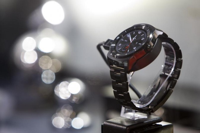 LG's G Watch R smartwatch  is displayed during the 2015 International Consumer Electronics Show