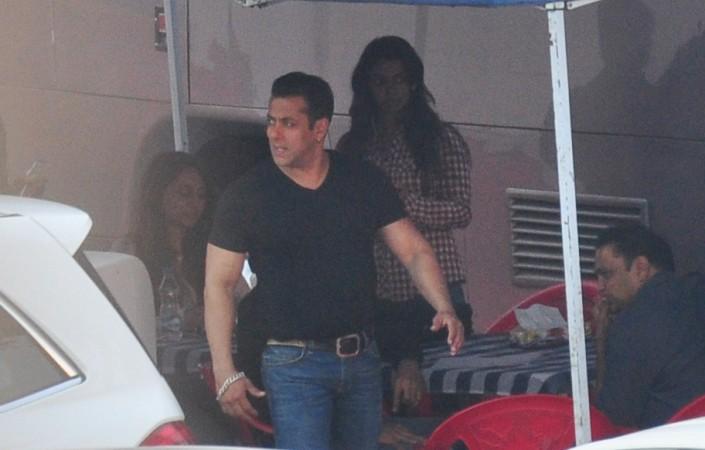 'Bajrangi Bhaijaan' Actor Salman Khan Snapped at Bandra