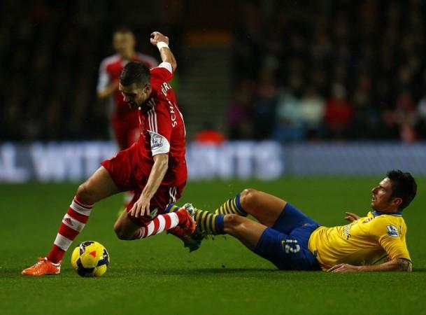 Morgan Schneiderlin Southampton Olivier Giroud Arsenal