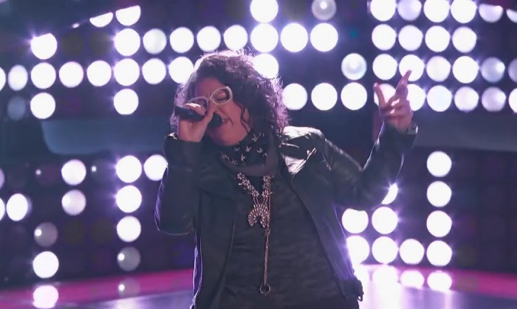 """Sarah Potenza performing """"Stay With Me"""" by The Faces on """"The Voice"""" US Season 8 Blind Auditions"""