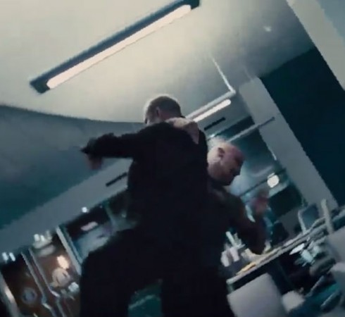 Dwayne Johnson (Rock) Performs His Finishing move on Jason Statham