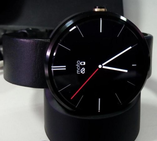 Moto 360 Successor To Come With High-Resolution, Android 5.1; Smartwatch Testing Under Codename 'Smelt'
