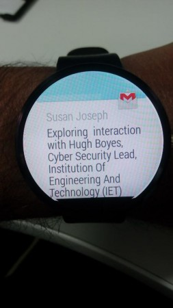 EMail notification on Moto 360 Smartwatch