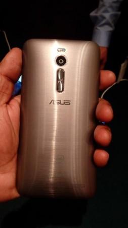 ASUS Zenfone 2 Rear