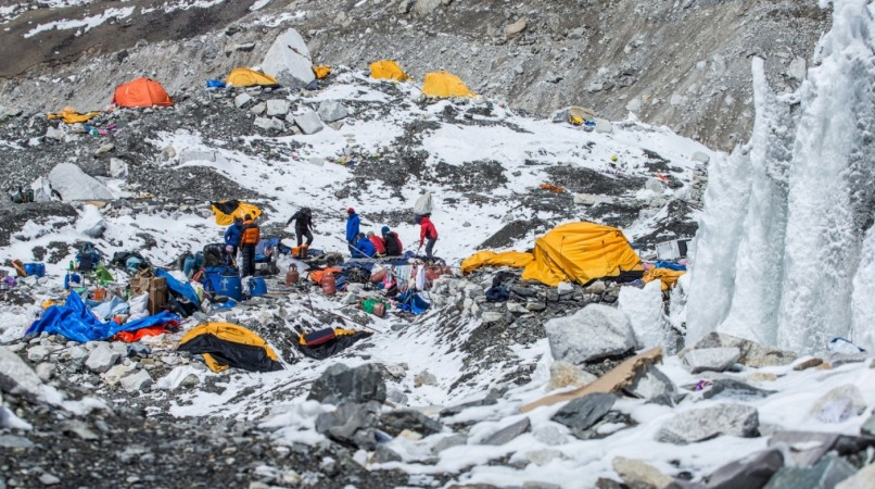 Nepal earthquake: Dramatic aftermath images emerge from Everest Base Camp