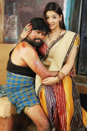 Aarthi Agarwal and Amma Rajasekar in Ranam 2