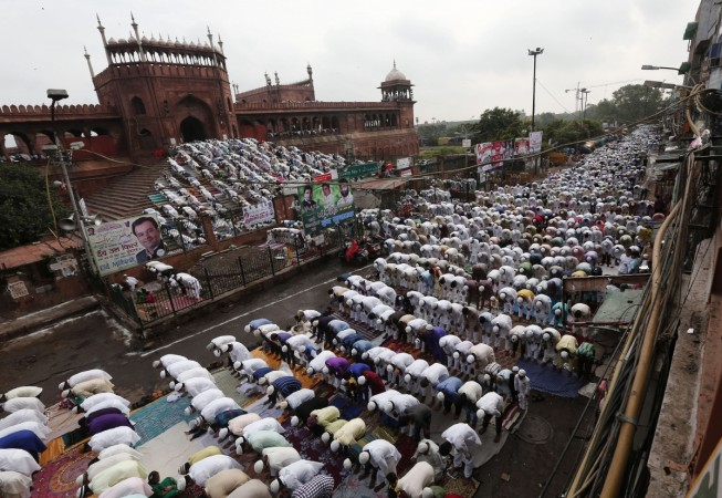 Eid Ul-Fitr 2015: Dates, Celebrations And Everything You Need To Know About The Festival