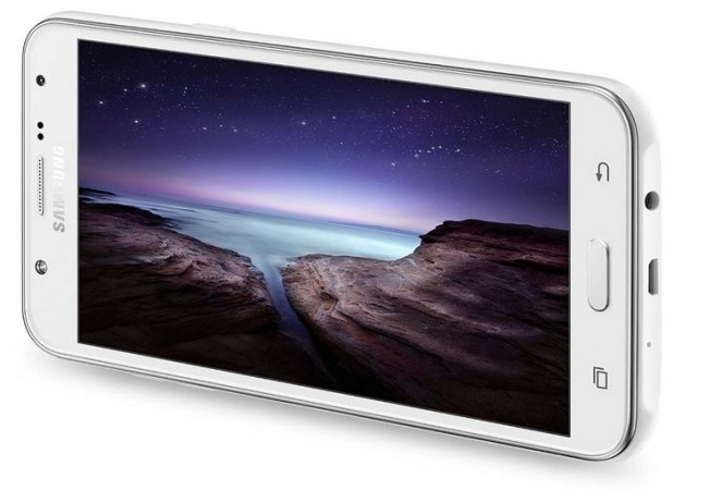Samsung Launches Pro-Selfie Camera Smartphone Galaxy J5, J7 Series with Front-LED Flash; Price, Specifications