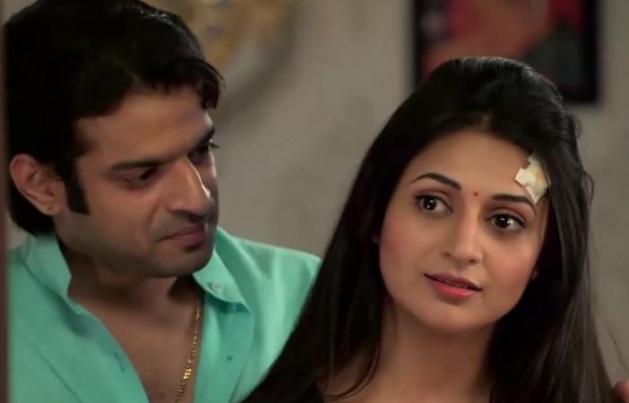 Ishita and Raman in 'Yeh Hai Mohabbatein'