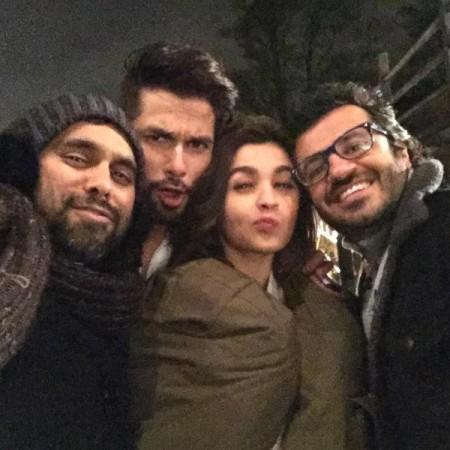 Shahid Kapoor, Alia Bhatt starrer 'Shaandaar' Releases on Dussehra This Year