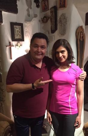 Rishi Kapoor Fails To Recognise His 'Damini' Co-star Meenakshi Seshadri