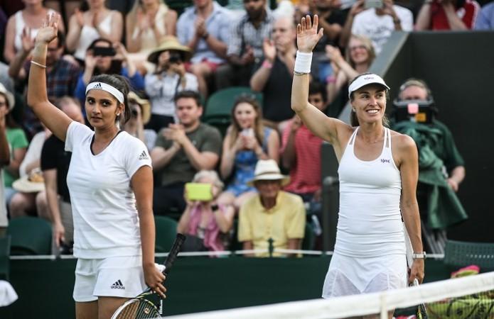 Sania Mirza Martina Hingis Wimbledon 2015