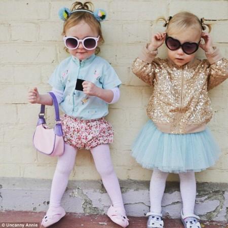 Twins Delphia and Cheska.