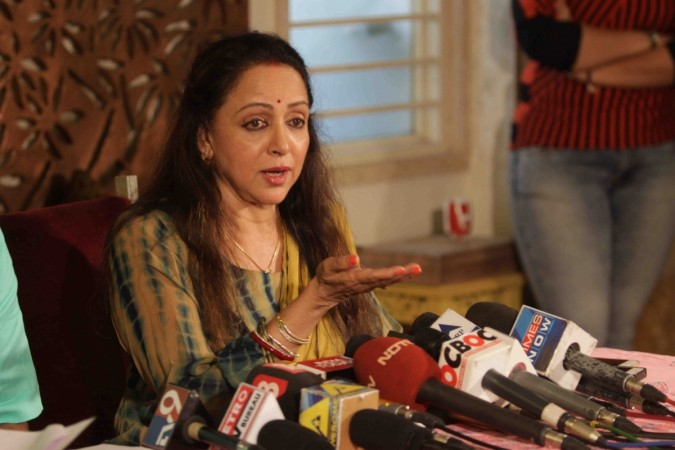 Hema Malini press conference