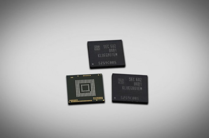 256GB universal flash storage (UFS)