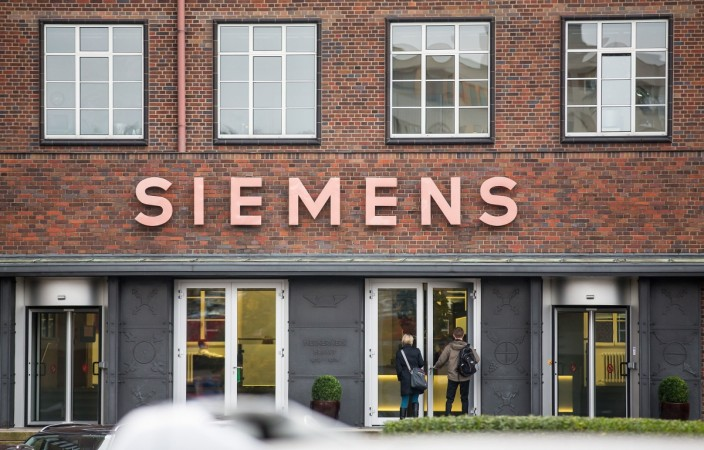 Siemens to sell healthcare business for Rs 3,050 crore