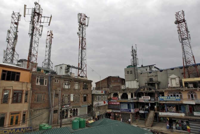 Telcos to ensure call drops don't exceed 2 percent limit: SC