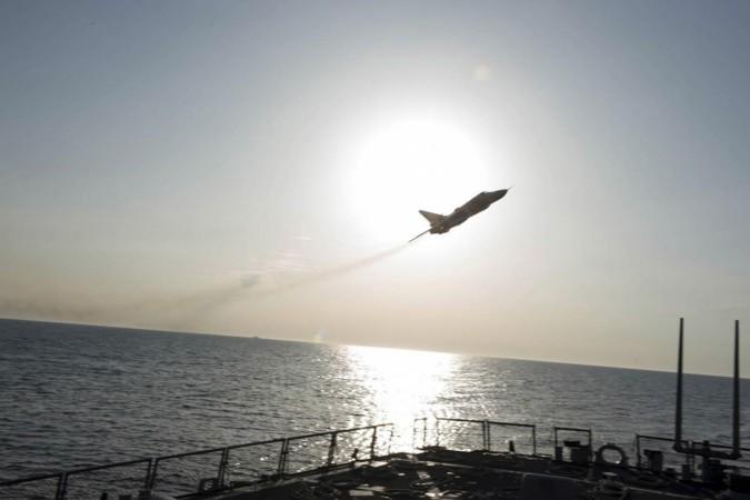 Russian plane near US ship