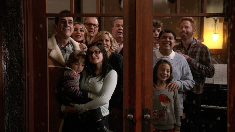 """""""Modern Family"""" will return with Season 7 episode 20 on May 4"""