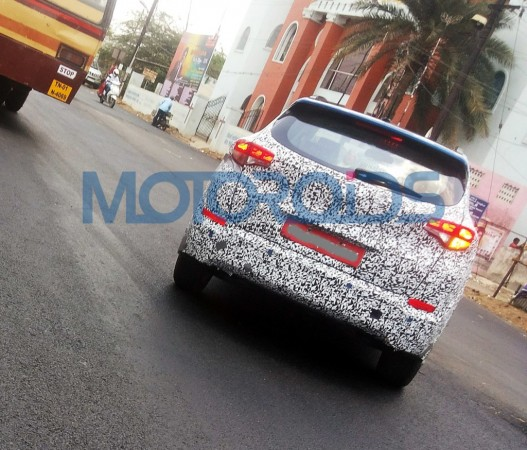 Hyundai Tucson SUV spied testing for the first time in India