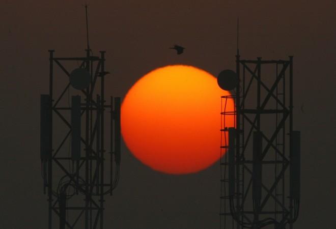 Telecom towers 4g servces reliance airtel competition reliance jio iartel tata telecom india 3g