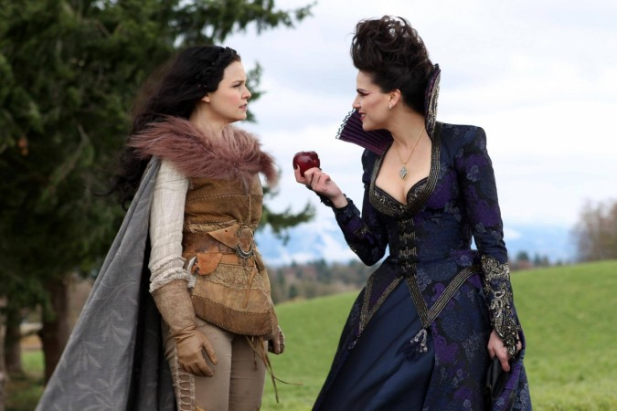 Evil Queen version of Regina will return for Season 6 of Once Upon a Time