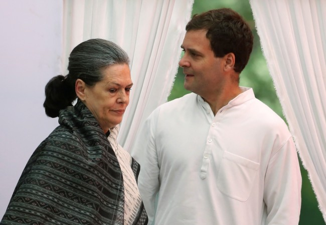 Rahul Gandhi likely to replace Sonia as Congress president