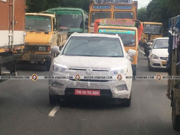 Mahindra SsangYong Tivoli compact SUV spied testing in India