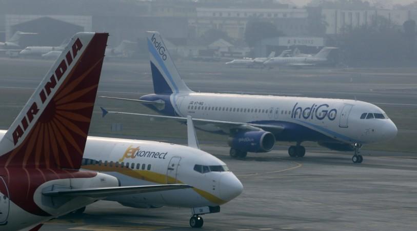 air india jet airways indigo domestic air traffic passenger volume dgca civil aviation policy 2016 flying india market share go air spicejet
