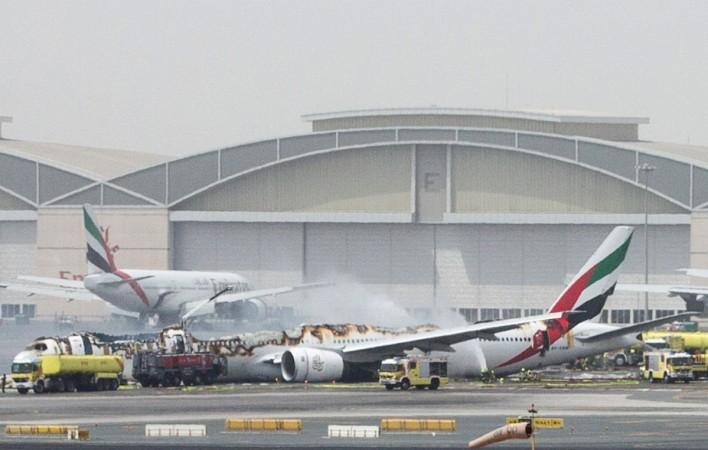 Emirates flight EK 521
