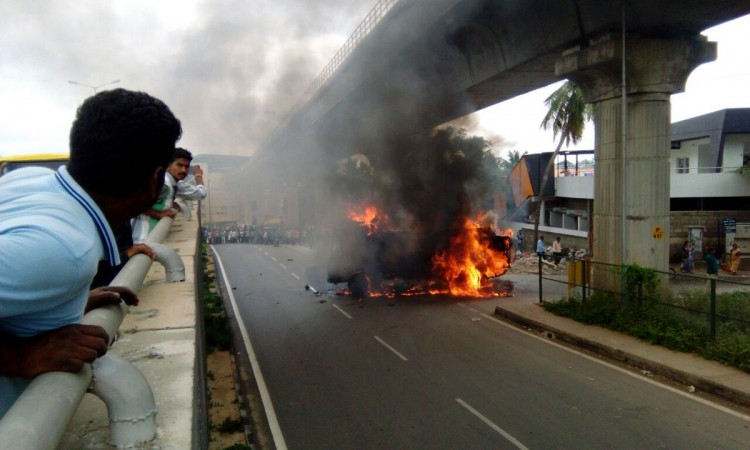 Violence in Bangalore over Cauvery issue