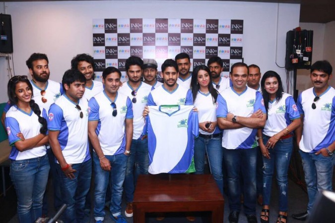 Naga Chaitanya launches Tollywood Thunders jersey