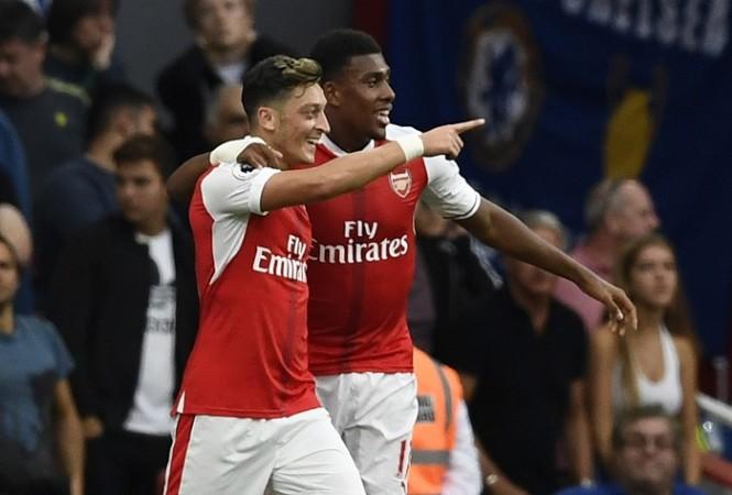 Mesut Ozil Alex Iwobi Arsenal