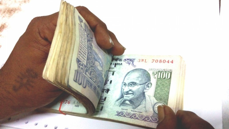 7th Pay Commission: Government may offer salary hikes beyond recommendations