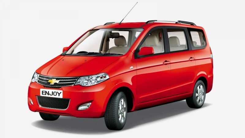 Chevrolet Enjoy prices dropped by up to Rs 1.93 lakh
