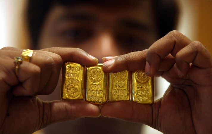 gold prices in india, gold crosses Rs 30,000, gold prices at 4 month high, silver prices, gold demand in india, gold jewellery in india