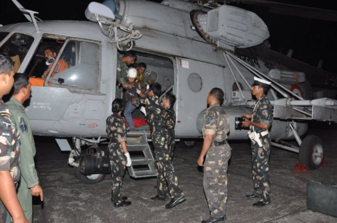 IAF rescuing people