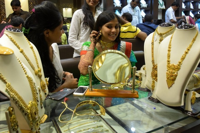 Bollywood celebs wish fans on Dhanteras 2016