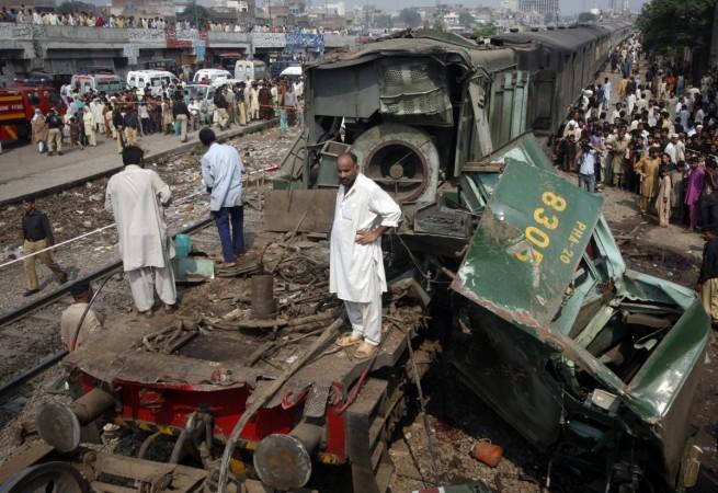 Train collision Pakistan
