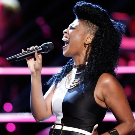 Courtney Harrell on The Voice Knockouts.