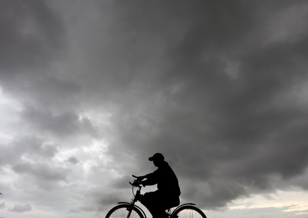 IMD forecasts thunderstorms, squalls in several parts of India till Friday