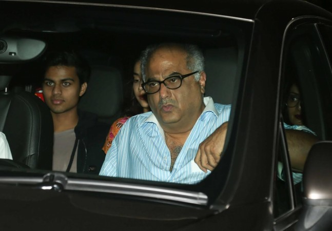 Jhanvi Kapoor, Shikhar Pahariya along with Sridevi and Boney Kapoor at Dear Zindagi screening