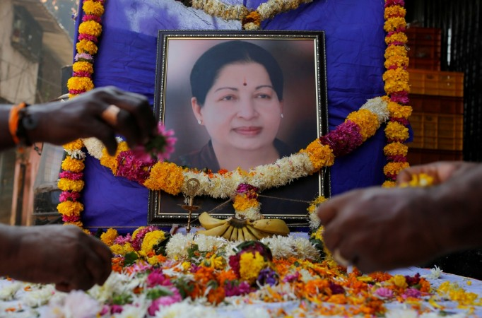 amma jayalalithaa dead apollo hospital tn chief minister india inc tributes homage dead passes away tamil nadu industry business