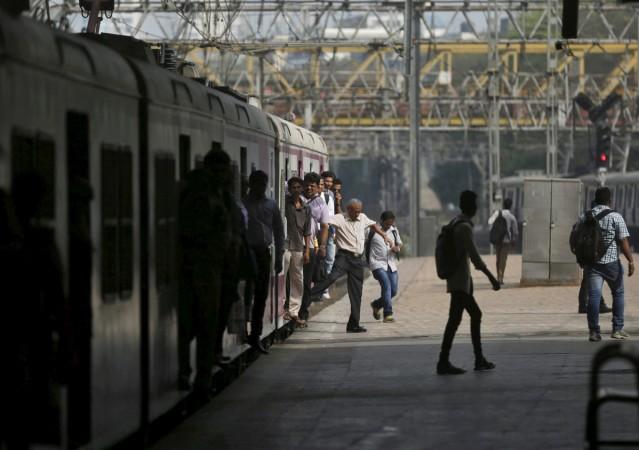 Indian railways, budget 2017, suresh prabhu, railway stations, railway passengers, trains
