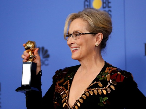 Meryl Streep goes viral on Twitter as an old picture of the actress turns into a meme - IBTimes India
