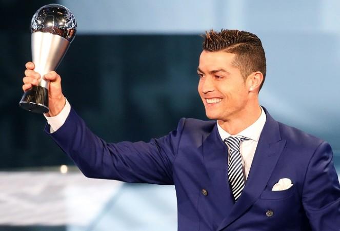 Cristiano Ronaldo, FIFA Award, The Best Men's Player, Lionel Messi, Real Madrid, Portugal