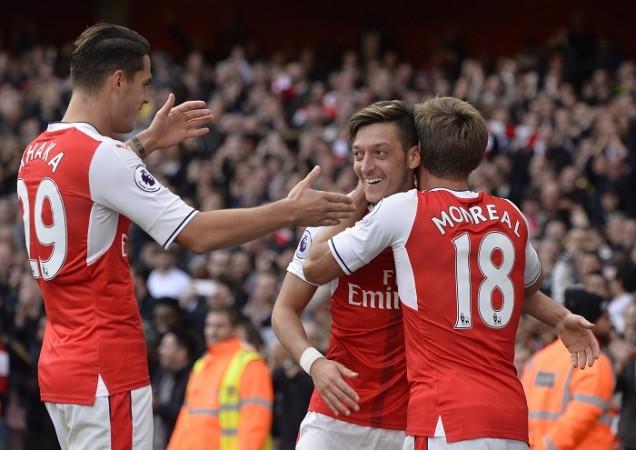Granit Xhaka, Mesut Ozil, Nacho Monreal, Arsenal, Premier League, Swansea City