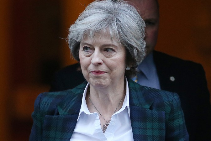 Theresa May confirms Britain will leave EU single market in Brexit speech