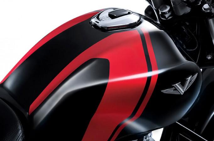 Bajaj V12, Bajaj V12 disc brake, Bajaj V12 price, Bajaj V12 India