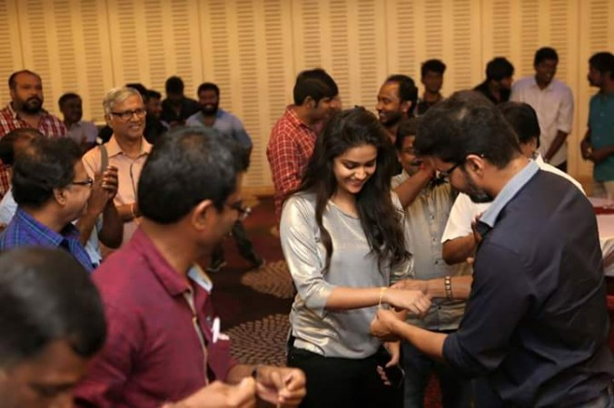 Vijay presents a gold bracelet to Keerthy Suresh